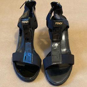 Authentic Fendi Patent Tstrap Sandal-36.5 IT/US6.5